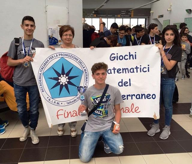 Noicattaro. Giuseppe Rubino ai Giochi Matematici del Mediterraneo intero2
