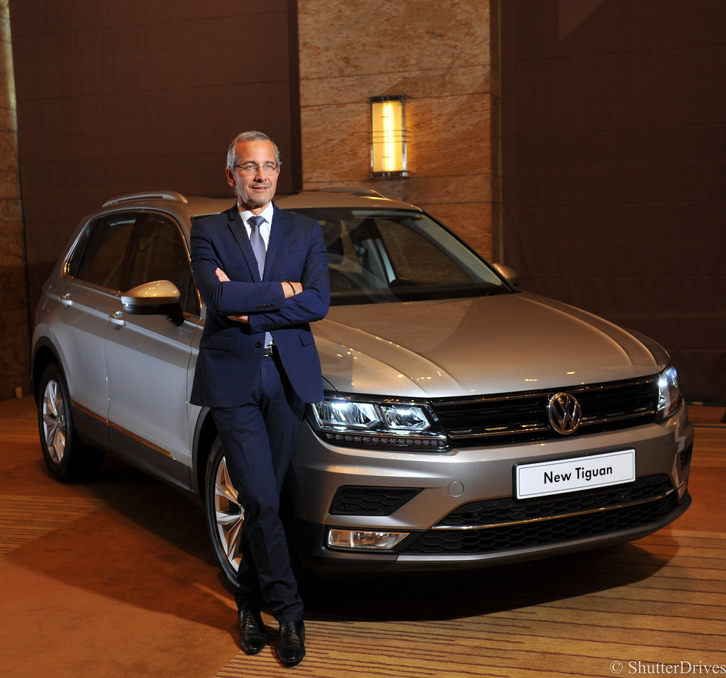 image 1 Mr. Thierry Lespiaucq, Managing Director, Volkswagen Group Sales India Pvt. Ltd. along with the all new Volkswagen Tiguan