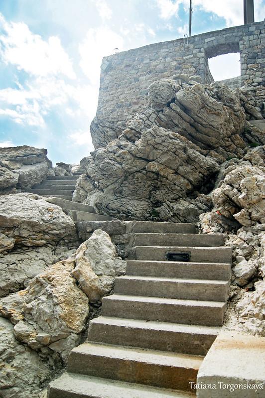 Лестница в крепость