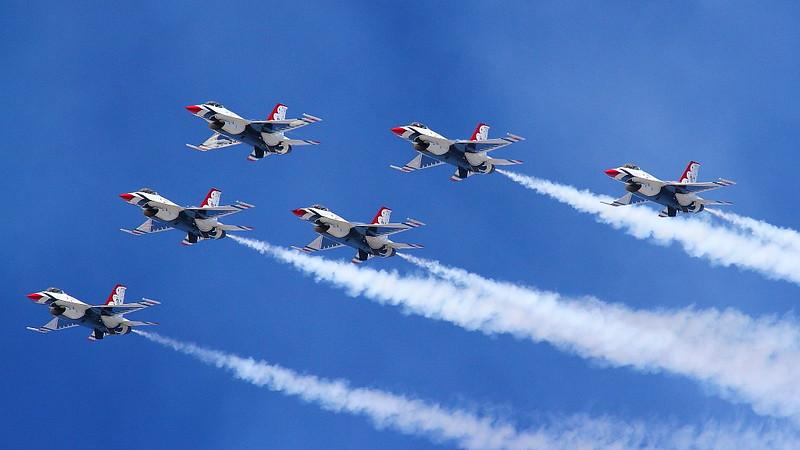 IMG_1514 Thunderbirds, Los Angeles County Air Show