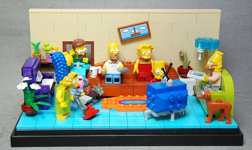 Lego Simpsons with LED Liteup TV | by Piccolo SPA