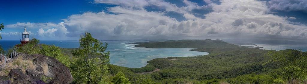 Baie du Trésor et pointe sud-est de la presqu'île de la Caravelle