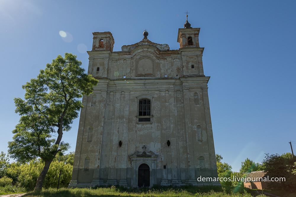 Kostel_sviatoho_Antoniia_Velyki_Mezhyrichi (1 из 1)