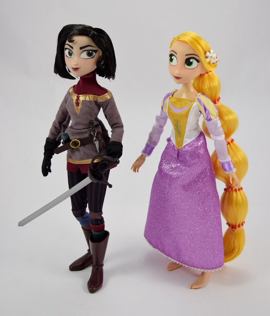 Rapunzel And Cassandra Doll Set Tangled The Series Di Flickr Figure Disney Store Purchase Deboxed
