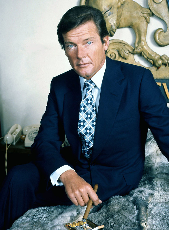 Roger Moore - Photo 1