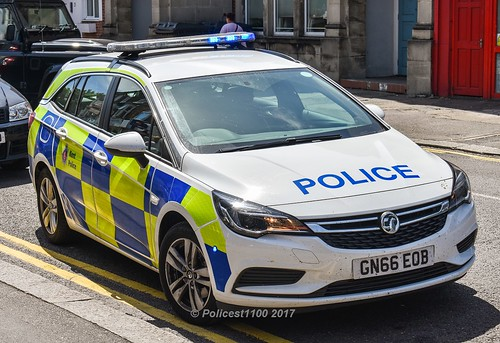 Kent Police Vauxhall Astra Gn66 Eob Policest1100 Flickr