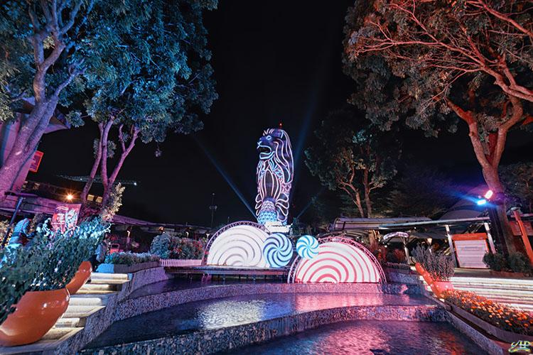 Merlion Magic lights