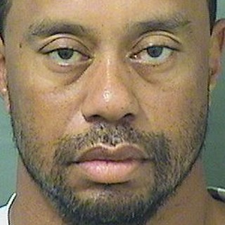 Tiger Woods DUI Arrest Near His Eatery https://youtu.be/EE3w3afNyjw