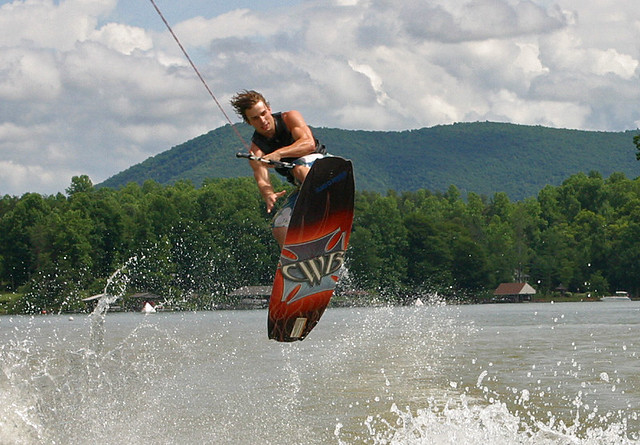 Smith Mountain Lake Wakeboarding