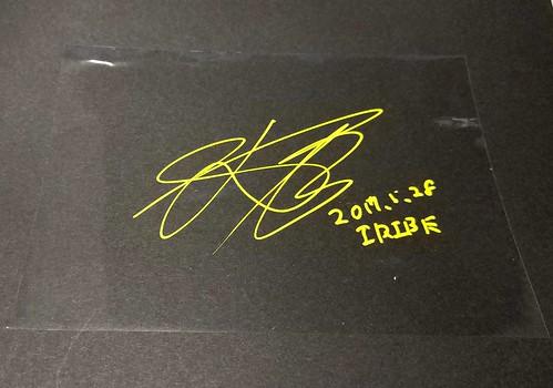 シマノレーシングチームの入部正太朗選手にサインを貰う