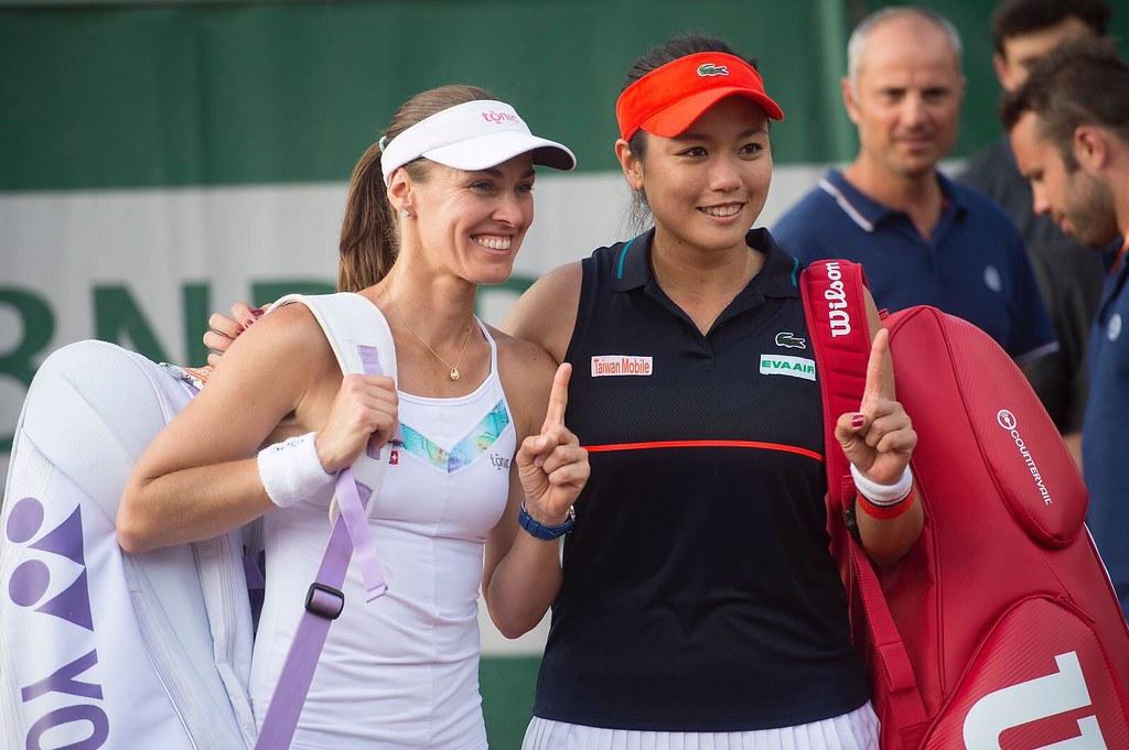 詹詠然(圖右)與Martina Hingis。(資料照,Lacoste提供)