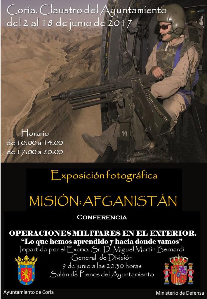 """""""Misión Afganistán"""" exposición que puede visitarse en el Ayuntamiento de Coria"""