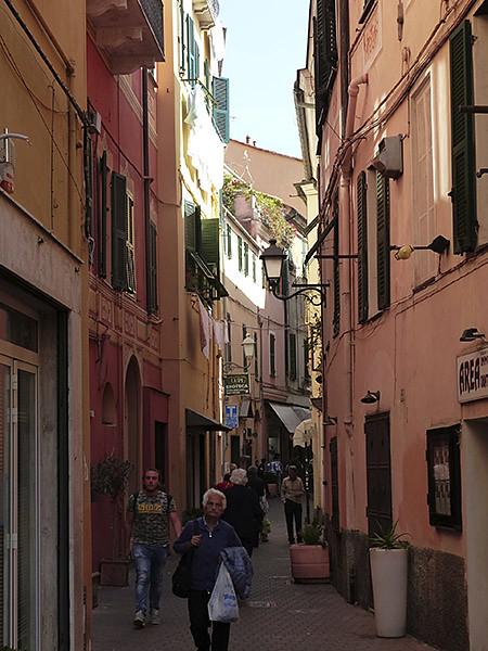 petite rue d'Oneglia