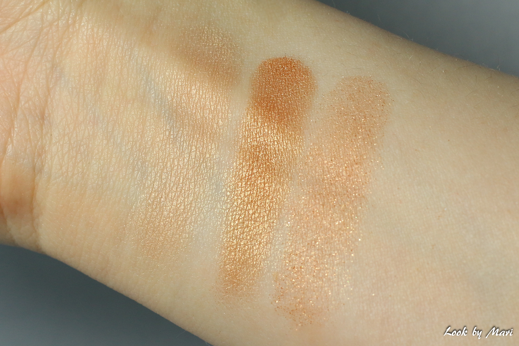 13 smashbox x casey holmes spotlight palette gold review swatches swatch sävyt värit