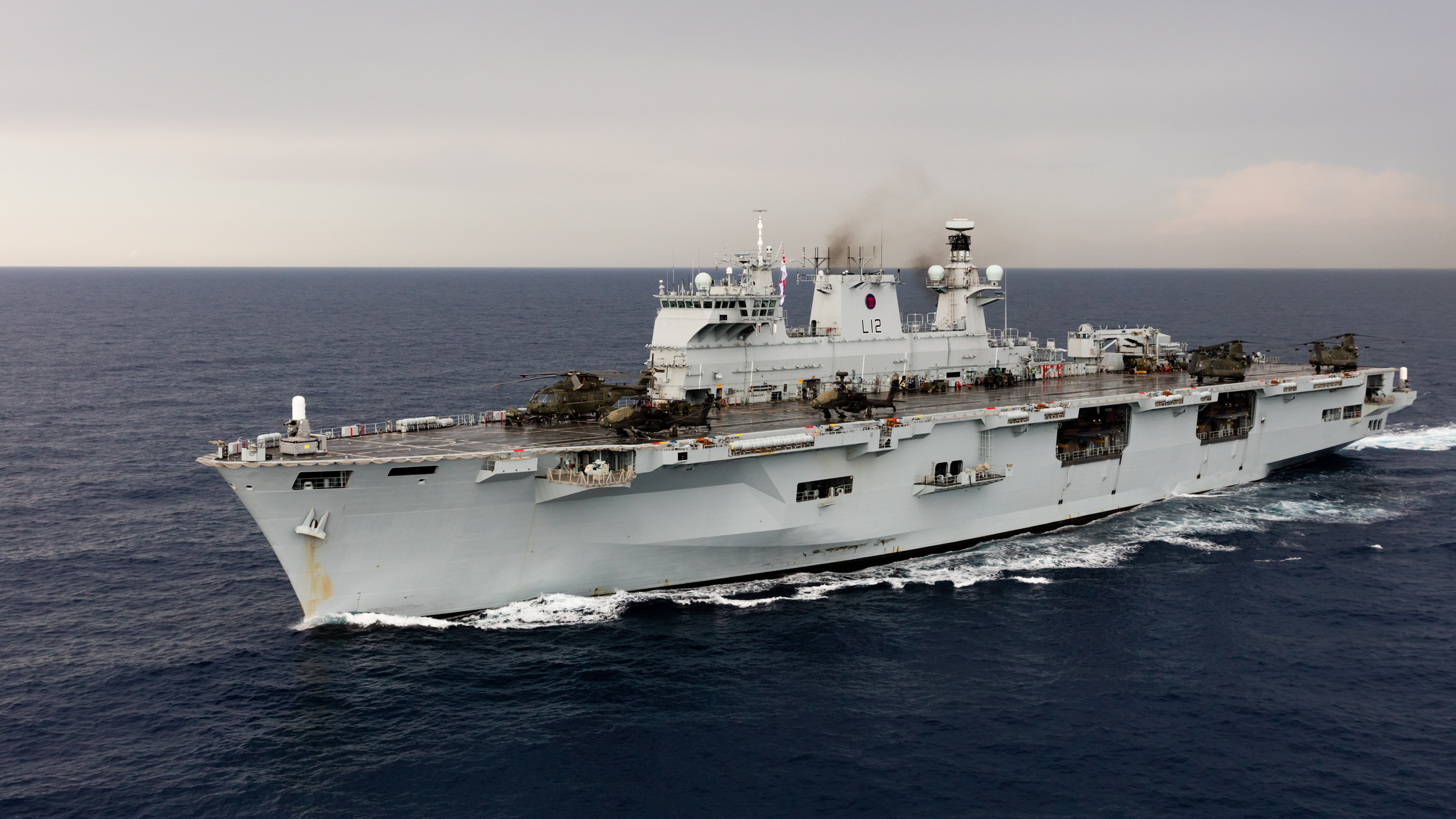 Helicopter carrier HMS Ocean (L12) - Page 2 34979288265_804f7ee461_o