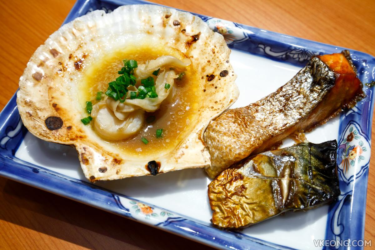 Touan Yakitori Robata Grilled Scallop Salmon Saba