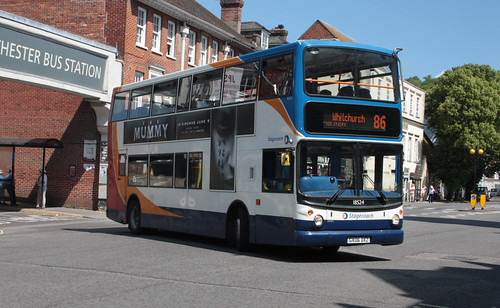 Stagecoach South 18524 GX06DXZ