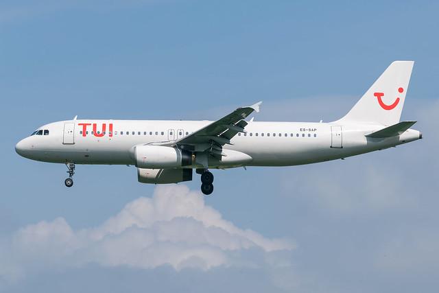 TUI (SmartLynx) / A320 / ES-SAP / EBBR 25L