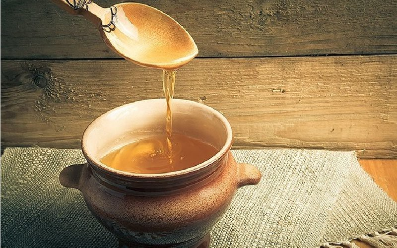 Uses Of Honey For Health - Ayurvedic Honey Benefit