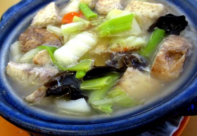 Home Cook Conrer claypot tofu