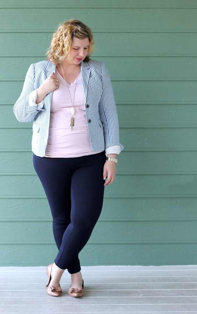seersucker blazer, navy maternity pencil pants, bow flats 4
