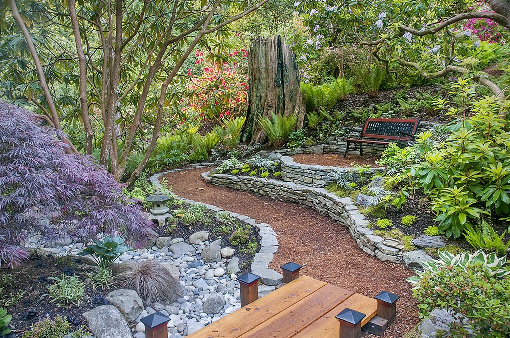 Asian Garden at The Glades | Scarlet Black | Flickr