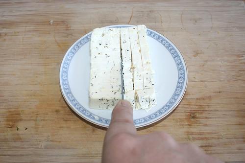 36 - Schafskäse würfeln / Dice feta
