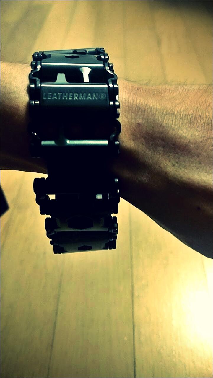 실착-'레더맨 트레드 & 페블 2 SE (Leatherman Tread & Pebble 2 SE)'