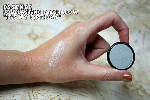 essence - eye shadow