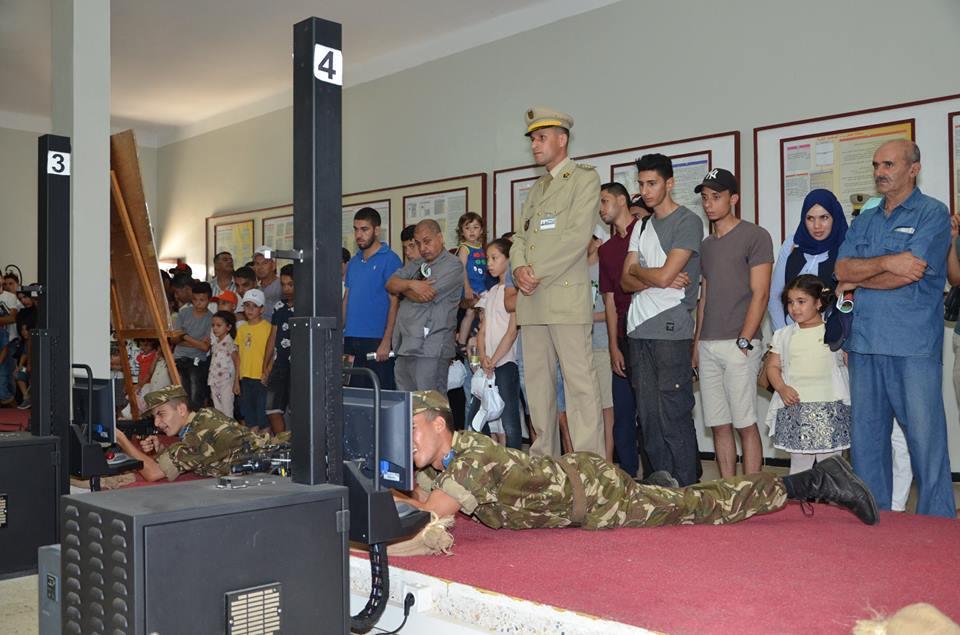 الصناعة العسكرية الجزائرية  [ AKM / Kalashnikov ]  - صفحة 2 35708550791_1cee617460_o