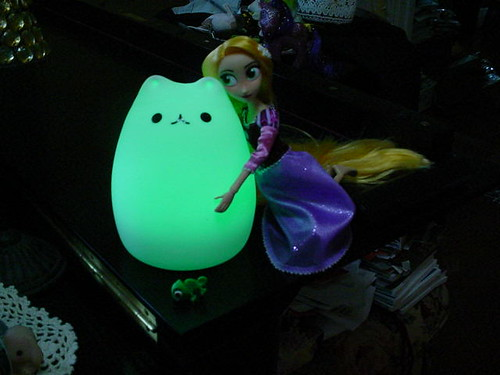 """I love you, glow cat"""