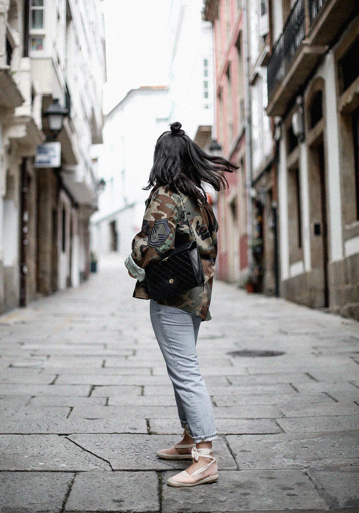 vintage-army-jacket-mom-jeans-espadrilles-myblueberrynightsblog12