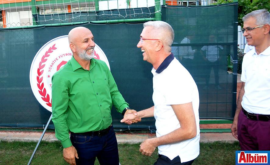 Kulüp başkanı Hasan Çavuşoğlu, davetliler ile yakından ilgilendi.