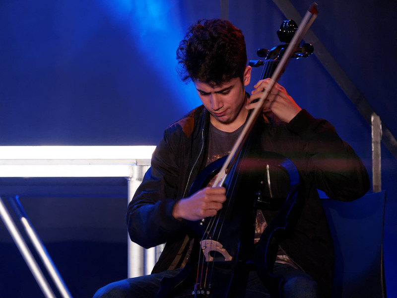 Concert Rock avec violon, violoncelle et batterie 35430099765_0c3152efb2_c
