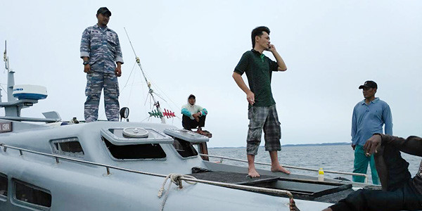 Danlanal mengerahkan Patroli Keamanan Laut (Patkamla) Cempa milik Lanal Dabo Singkep, ke lokasi kejadian.