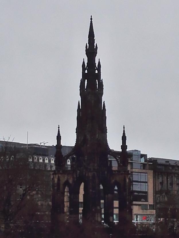 ゲーム・オブ・スローンズに出てきそうなエジンバラの スコット記念塔