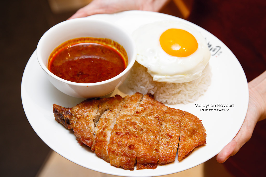Porco Macau Pork Chop Bun