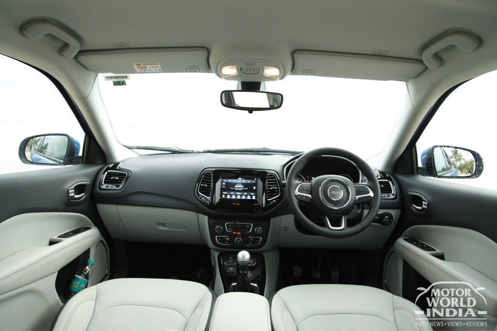 Jeep-Compass-Limited-Interiors (9)