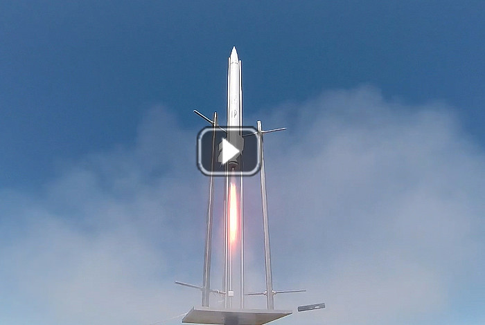 Safe solid rocket design for small satellites