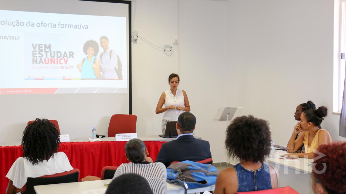"""Mesa Redonda sobre """"O Estado dos profissionais de Relações Públicas/Comunicação nas instituições cabo-verdianas"""""""