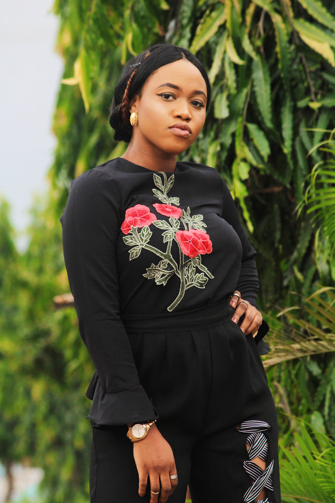 Lagos city chic blogger featuring Nigerian brand Katie Wang, Rose embroidery, Rose embroidery patch,Rose embroidered dress, Blogger in Lagos, Lagos bloggers, Lagos fashion bloggers, Nigerian fashion bloggers, Nigerian Lifestyle blogger, Lagos influencer,