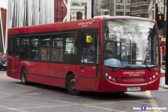 Alexander Dennis Enviro 200 - YX09 HKV - DE49 - White City C1 - London United RATP Group - London 2017 - Steven Gray - IMG_9435