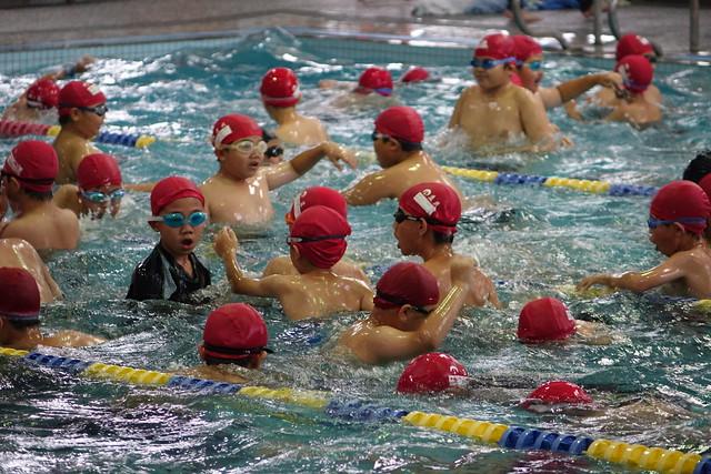 1060603五年級水上運動會