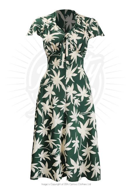 pretty_retro_tea_dress_460x1000