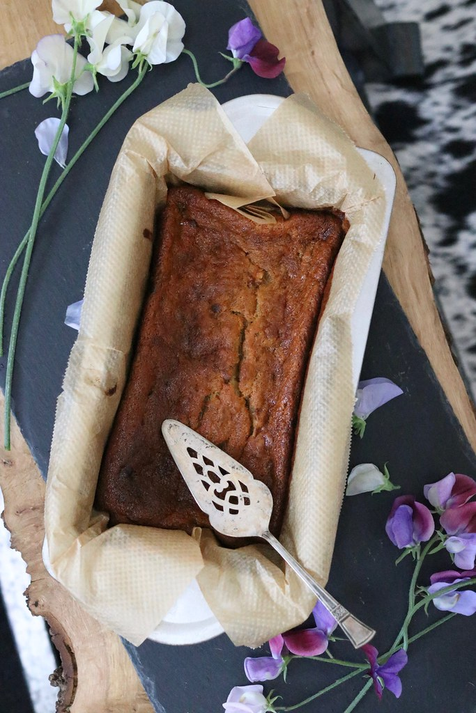 easy banana bread, super easy banana bread, katelouiseblog, cooking, katecooks, 4 step banana bread, easy baking, quick baking, banana recipes, what to do with ripe bananas, healthy recipes, breakfast recipes,