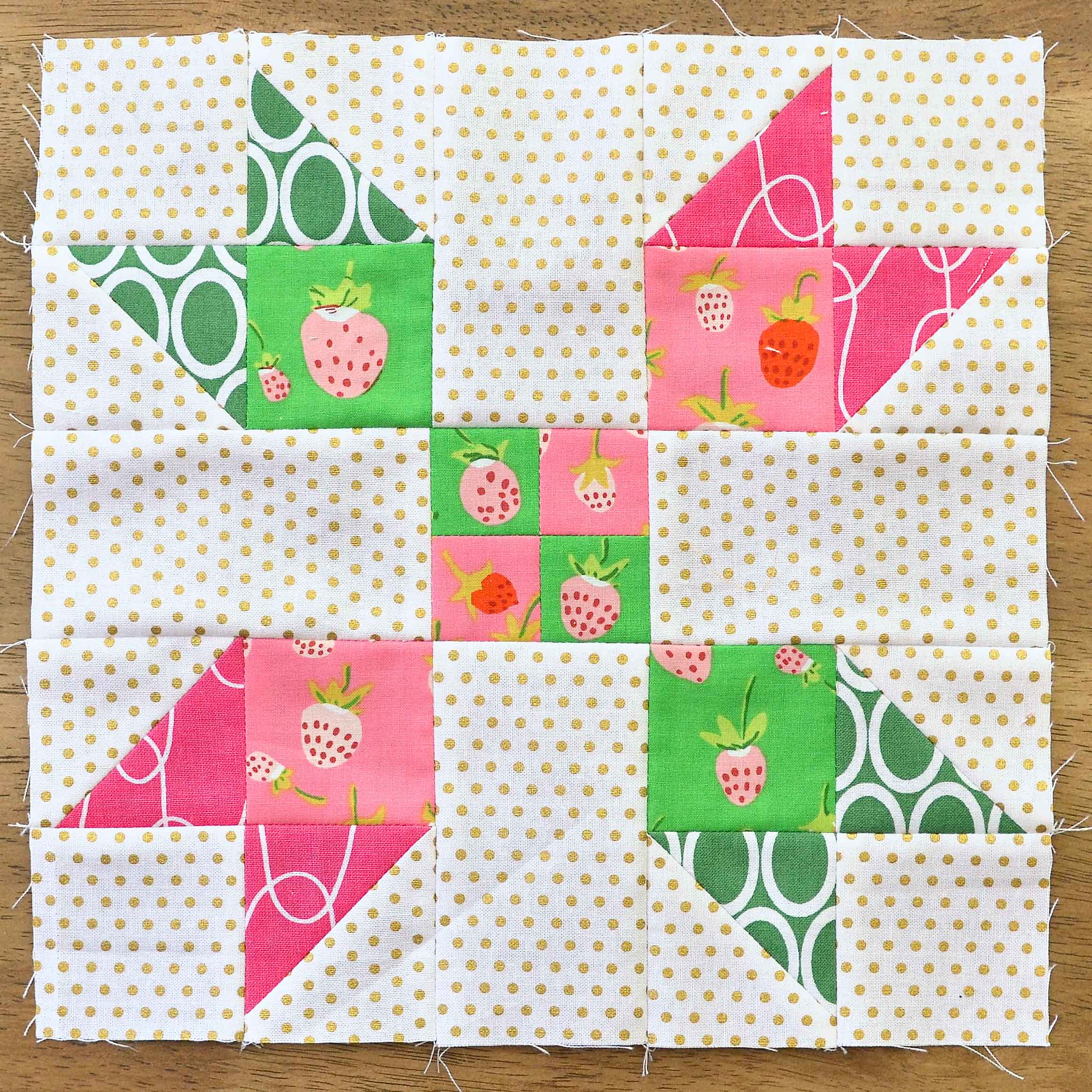 The Fussy Cut Sampler QAL Block 17