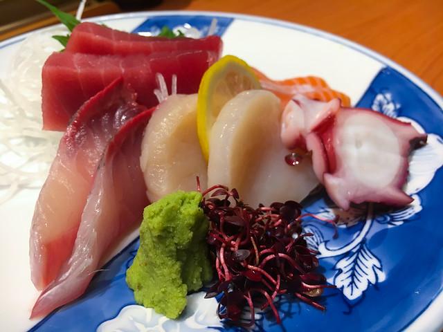 TOUAN Yakitori & Robata - Sashimi - 5 types