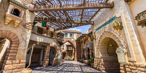 Arabian Coast Walkway 1