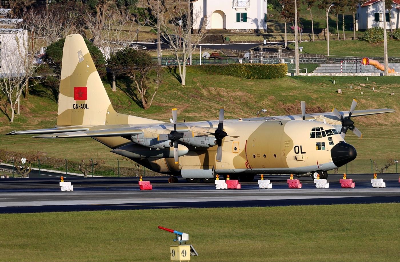 FRA: Photos d'avions de transport - Page 31 35789348835_c3f1e327d3_o