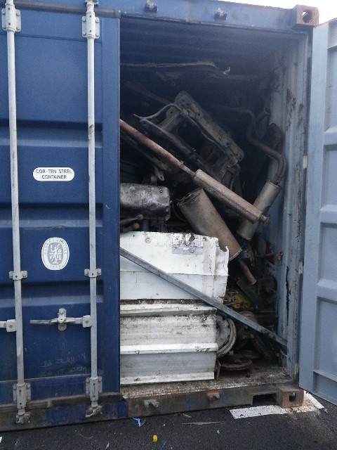 Les douaniers de la Réunion empêchent une  tentative d'exportation illégale de déchets vers l'Inde